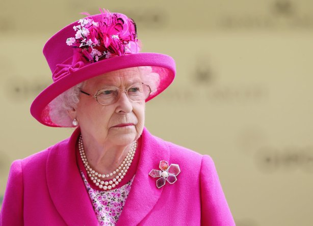 Funny-Queen-Elizabeth-Moments